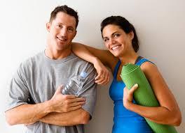 Aşıkların tutkularını sürdürebilmek için ilişkileri içinde birbirleriyle gündelik ego düzeyinde somut bağlar kurması gerekir.