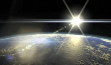 Güneşin ışığı tüm dünyayı sarar
